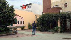 san lorenzo: hallaron el cuerpo de un hombre en el techo de un comercio