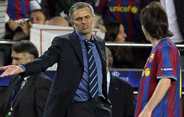 El técnico del Chelsea cargó contra el equipo del Tata antes de que éste se enfrente al City en la Champions.