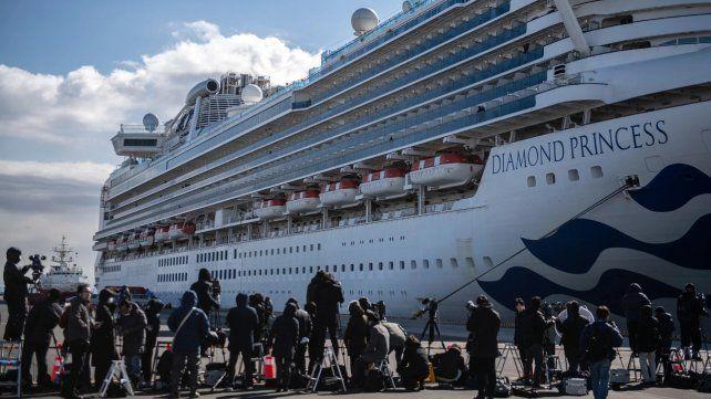 Combo de pasatiempos para los viajeros varados en el crucero
