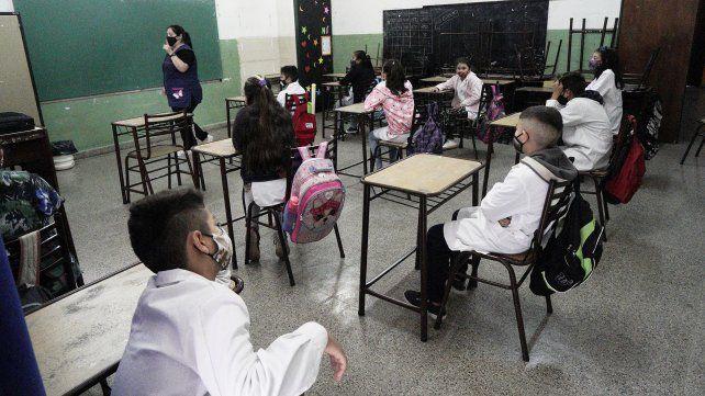 Crisis sanitaria. Las clases presenciales quedaron suspendidas esta semana en los departamentos Rosario y San Lorenzo.