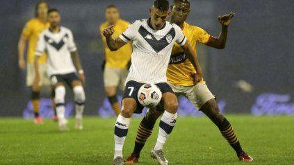 Vélez se impuso por 1-0 en el estadio José Amalfitani y le alcanzará con un empate en Ecuador.