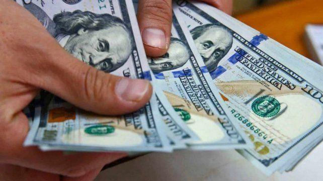 Dólar. El mercado cambiario está sometido a una fuerte presión por parte de inversores especulativos.