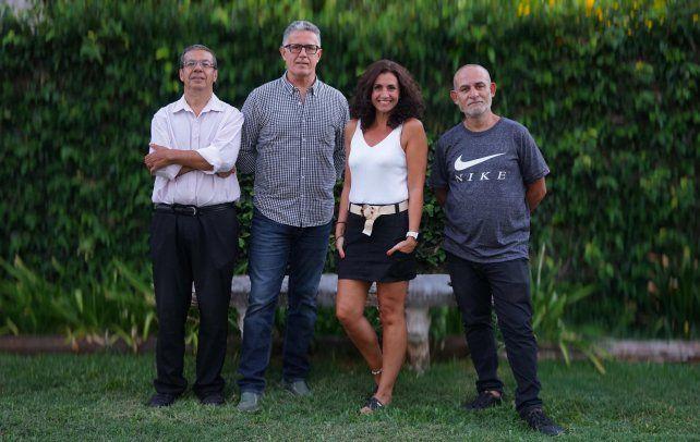 María Elena Etchandy y su grupo. Lúquez, Allende y Fioretti junto a la cantante.