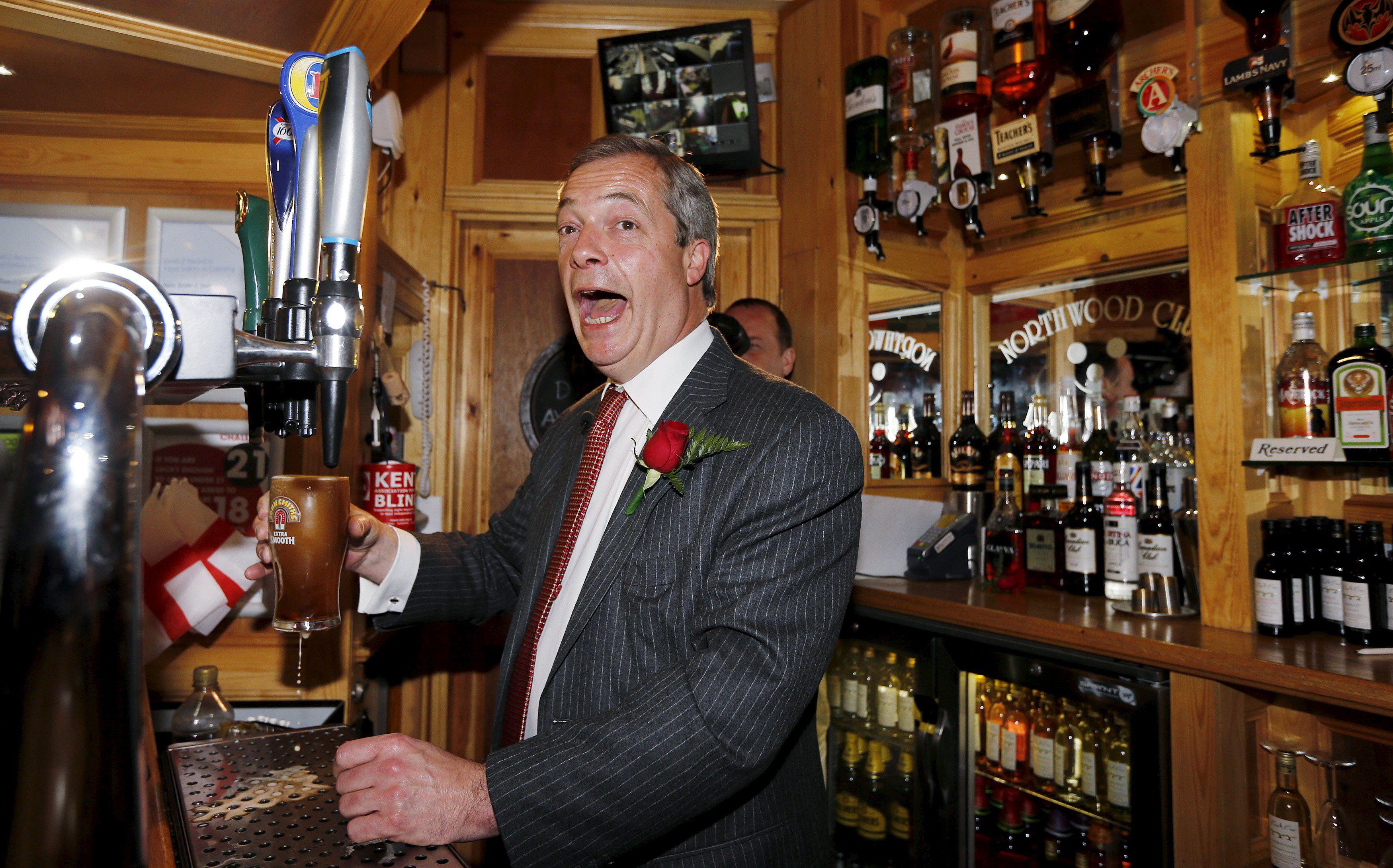 en el pub. El líder de UKIP