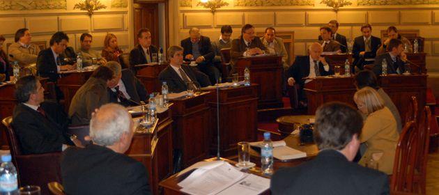 El Senado provincial dio anoche media sanción a la reforma tributaria. (Foto: R. Paroni)