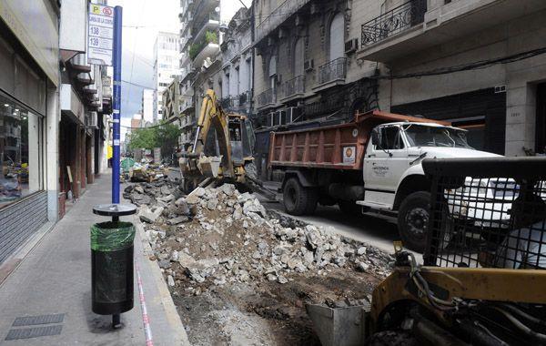 El edil del PRO dijo que los trabajos nocturnos evitarían embotellamientos y accidentes.