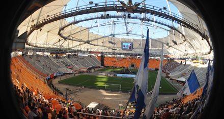 Espectacular fiesta de luz y color para inaugurar el estadio techado de La Plata