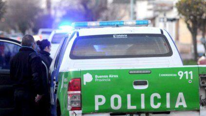 Hallan asesinado de un balazo a un hombre en el interior de su vehículo