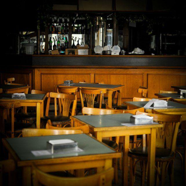 Los bares y restaurantes reabrirán después de 80 días. (Foto de archivo)
