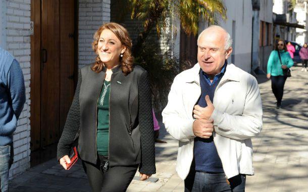 El senador provincial acompañó a la intendenta Mónica Fein.