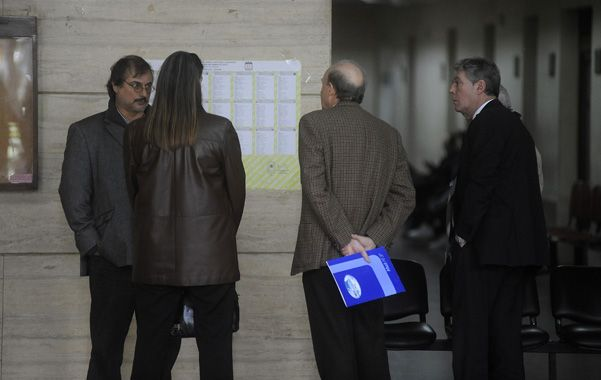 En el banquillo. Directivos de Litoral Gas fueron convocados el viernes pasado por el juez que investiga la explosión. (foto: Héctor Rio)