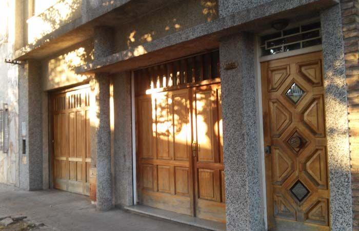 La denuncia por el asalto en calle Cerrito fue radicada en la seccional 13ª. (Foto:S.Meccia)