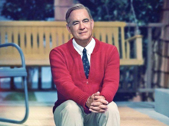 Tom Hanks interpreta a Mister Rogers en Un buen día en el vecindario