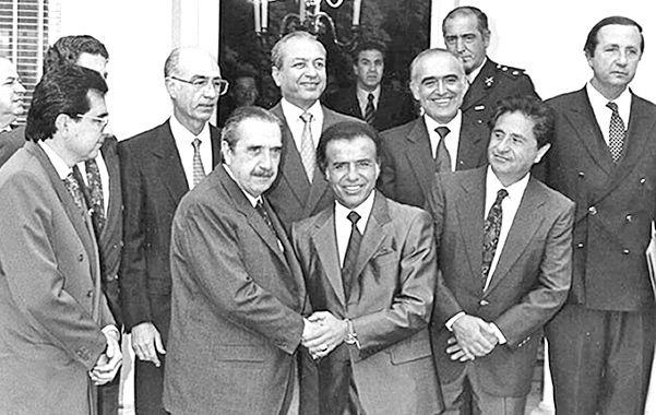 La foto. Alfonsín acordó con Menem los puntos de la reforma constitucional.