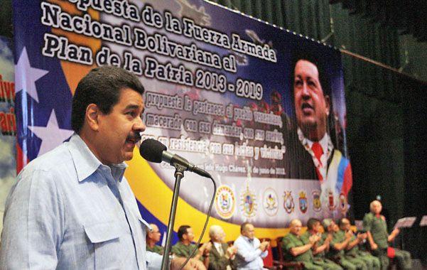 Maduro expresó el agradecimiento de Chávez a militares.
