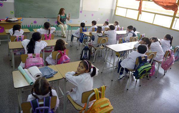 En las aulas escolares el nivel de ruido suele superar los 60 0 65 decibeles