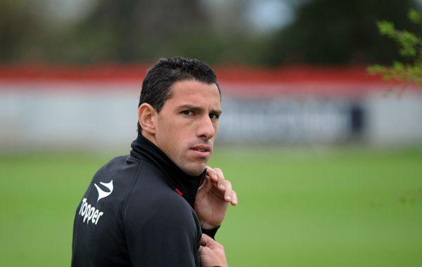 Maxi Rodríguez entrenó aparte y piensa en el regreso ante Olimpo.