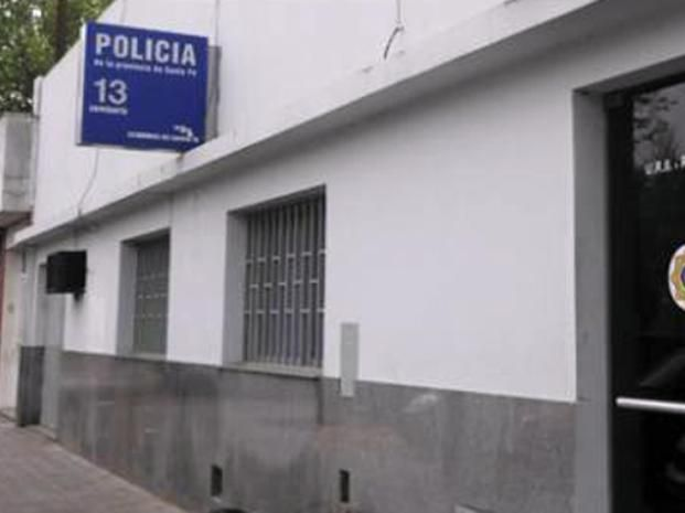 El delincuente fue derivado a la seccional 13ª.