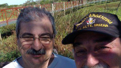 De una isla de guerra a una isla de paz, resumió Omar Debenedetto (a la derecha), tesorero del centro de ex soldados combatientes de Malvinas.