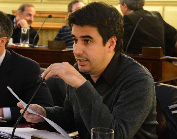Toniolli salió al cruce de las declaraciones del ex gobernador santafesino.