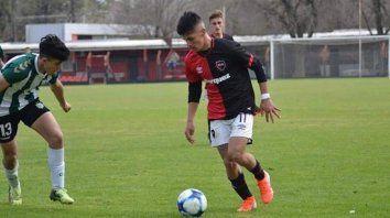 Brian Aguirre, el juvenil leproso que acaba de firmar su primer contrato profesional con 17 años.