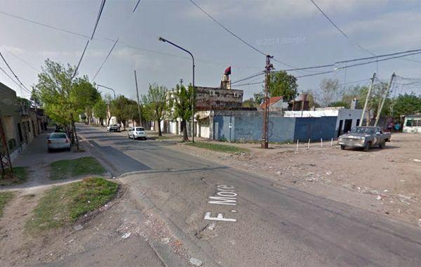 La víctima fue atacada en Amenábar y Felipe Moré. (imagen: captura de Street View)