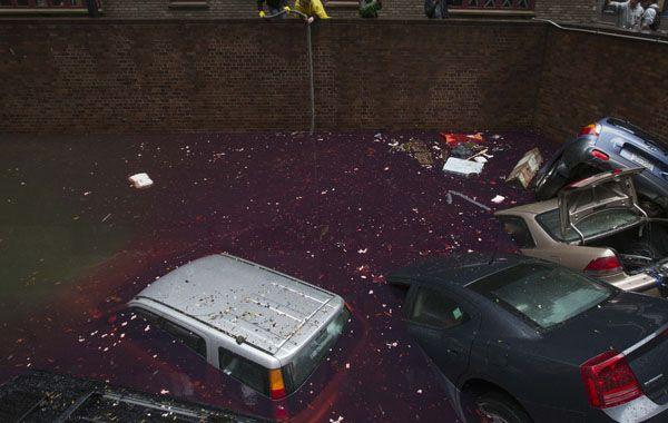 Los autos quedaron sumergidos en el distrito financiero de Manhattan