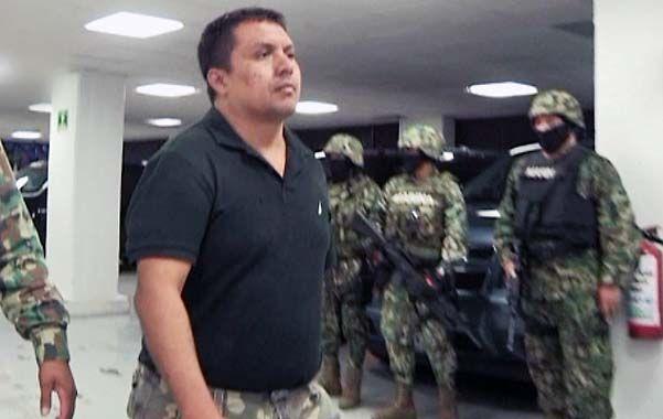 Detención. Imagen proveniente de un video filmado por la Marina el lunes pasado al aprehender al criminal.