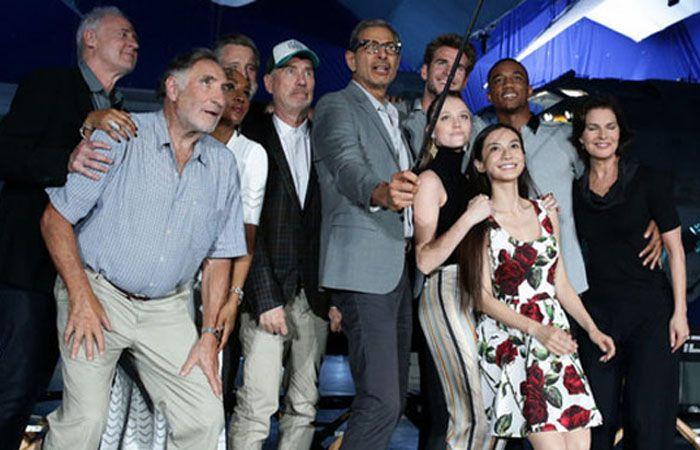 Entre los actores que conforman esta secuela se encuentran Jeff Goldblum y la estrella australiana Liam Hemsworth.