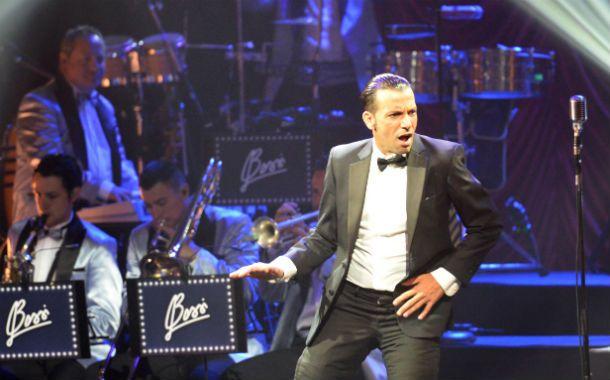 Frontman. Martín Bossi se lució en la noche del debut en el Broadway.