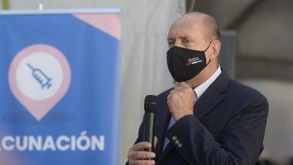 El gobernador Omar Perotti se reunirá hoy con sus asesores en tema pandemia.