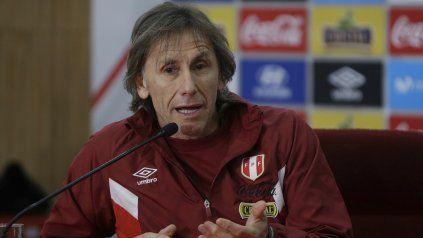 El director técnico de la selección de Perú, Ricardo Gareca, tomó una decisión drástica sobre la vacunación de sus jugadores.