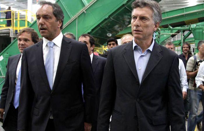 Scioli y Macri antes de las elecciones pasadas.