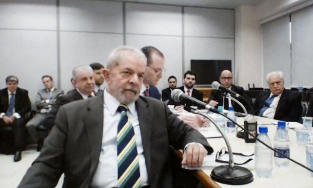 Lula esperará la decisión de la Cámara de Apelaciones en libertad.