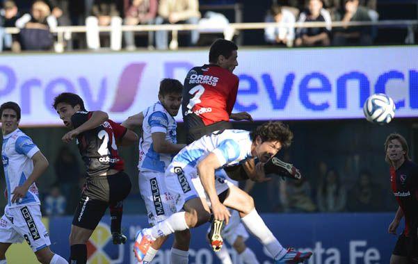 Newells brilló, sufrió, resistió y festejó ante Atlético en Rafaela