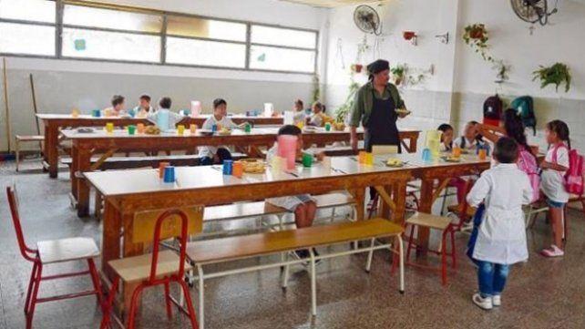 El gobierno provincial aseguró que los fondos para los comedores escolares ya fueron depositados
