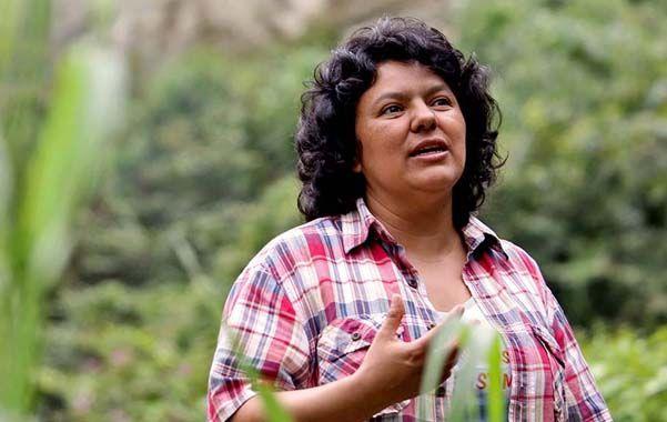 La ecologista fue asesinada a tiros en la madrugada del jueves por al menos dos encapuchados.