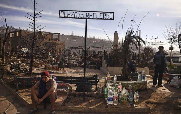 Destrucción. Un joven habitante de Valparaíso