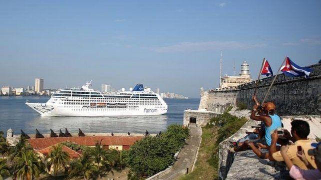 Estados Unidos prohíbe a sus ciudadanos viajar en crucero a Cuba