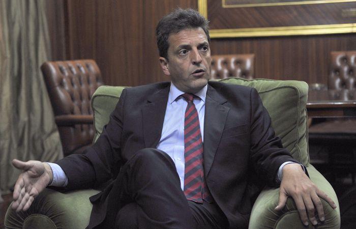 Massa dijo que en el país la inseguridad y el narcotráfico ganan por goleada.