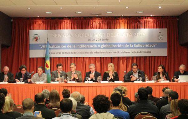 En Mar del Plata. Importantes dirigentes políticos participaron de la convocatoria eclesiástica