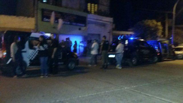 La Policía de Investigaciones en el lugar donde ocurrió el homicidio.