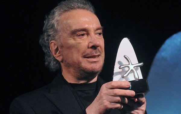 Alcón recibió innumerables premios a lo largo de su trayectoria.