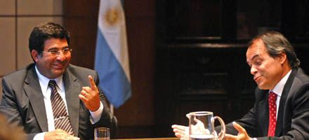 Echegaray promete dar pelea a las importaciones en sectores sensibles