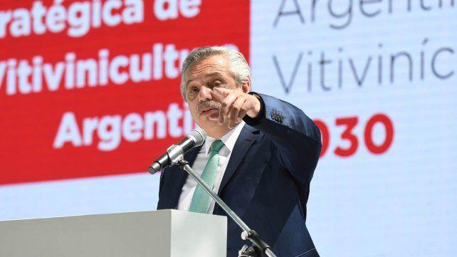 El presidente Alberto Fernández hizo breves declaraciones a la prensa de Mendoza sobre la situación en Formosa.