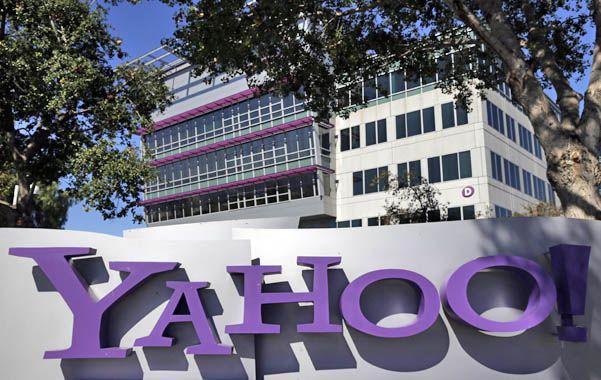 Bajo presión. Sobre Yahoo pendía una millonaria multa si no colaboraba.