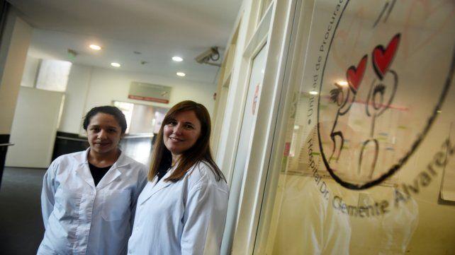 Verónica Di Santo (derecha) coordina la Unidad de Procuración de Organos del Heca