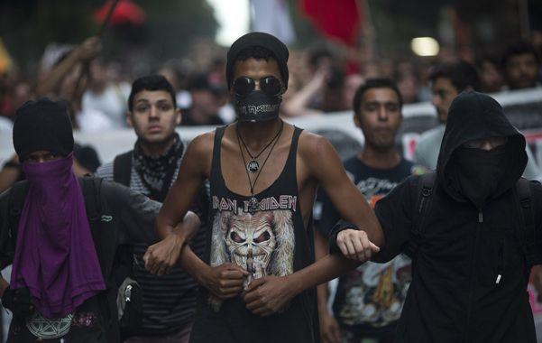 Vandálicos. Los Black Block protagonizan violentas protestas.