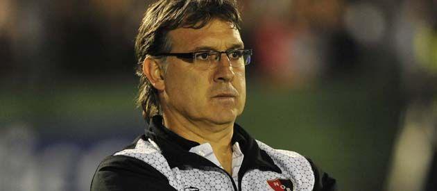 De la casa. El técnico rojinegro cosechó muchos elogios en su primera etapa en el club. (Foto: F. Guillén)