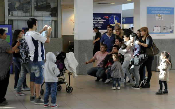 Las familas han comenzado a utilizar la terminal aérea